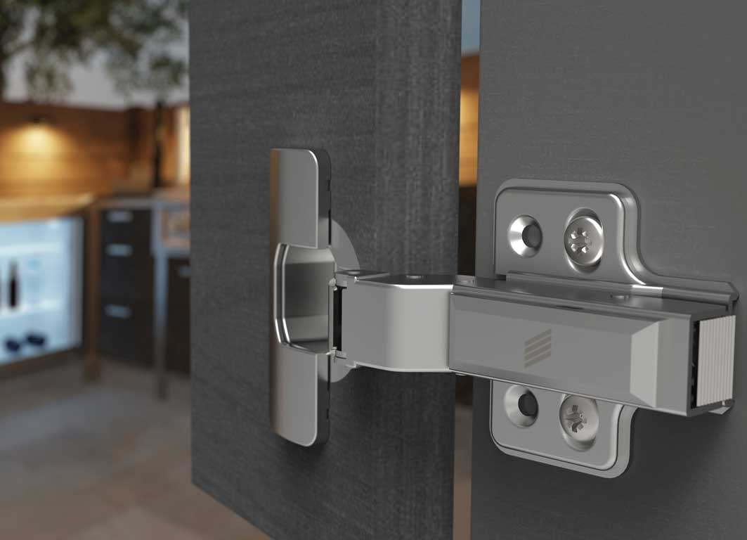 Ideal for outdoor use: whether camping in winter or barbecue evenings at the height of summer – you can always rely on Veosys hinge's integrated Silent System